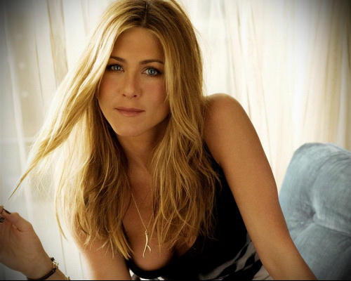 Jennifer Aniston - Sex on the Beach